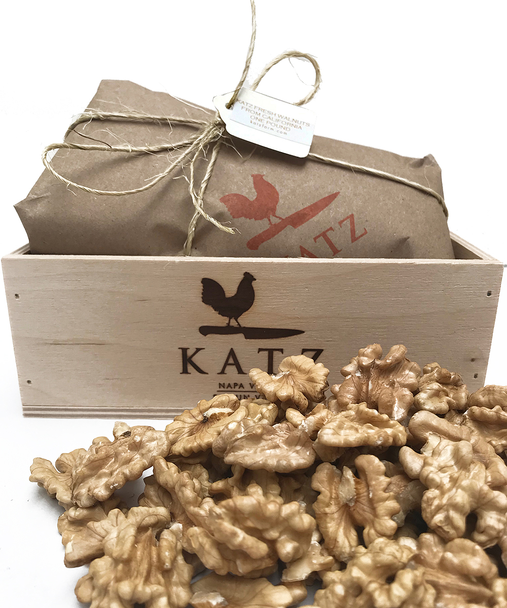 KATZ SEASONAL WALNUT HALVES